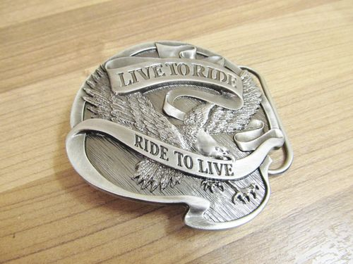 HARLEY DAVIDSON GÜRTELSCHNALLE BELT BUCKLE 75TH ANNIVERSARY LIVE TO RIDE SILBER