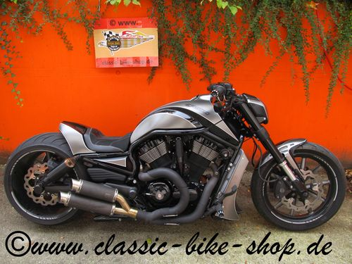 HARLEY DAVIDSON NIGHT ROD - HIGH END UMBAU