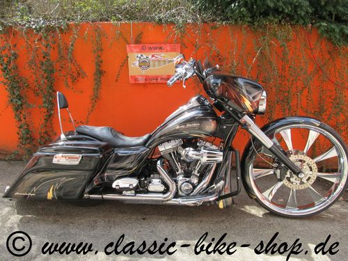 "HARLEY DAVIDSON SCREAMIN EAGLE CVO ULTRA CLASSIC HIGH END 30"" CUSTOM BAGGER"